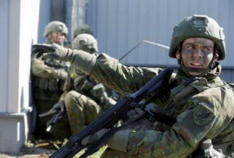 Эстония заранее возложила на Россию ответственность за возможные драки военных НАТО с местными