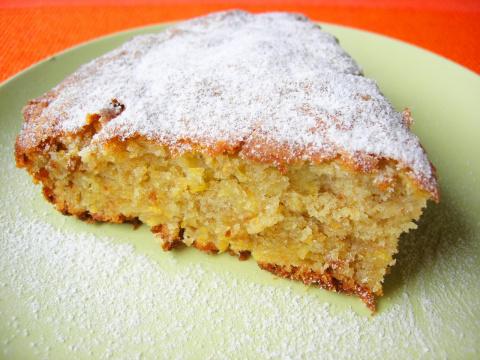 Очень простой пирог с айвой