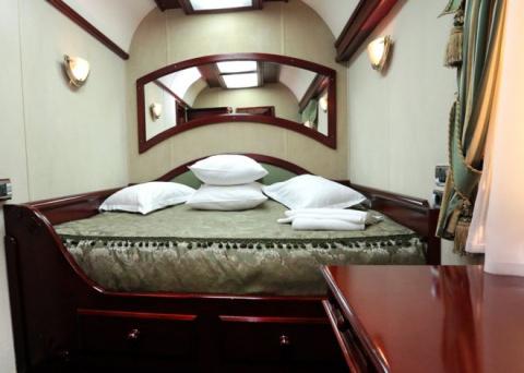 Царские интерьеры: премиум-вагоны от УЗ