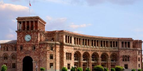 Президент Армении оставил со…