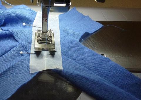 Сшивание мелких деталей из капризных материалов