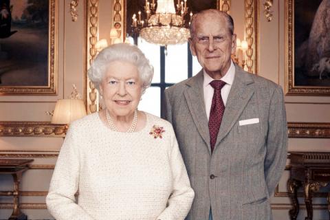 Все могут короли! Елизавета II и принц Филипп отмечают 70-летие брака