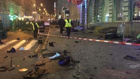 В Харькове внедорожник въеха…