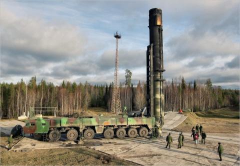 Минобороны РФ: ракета «Тополь-М» успешно поразила цель