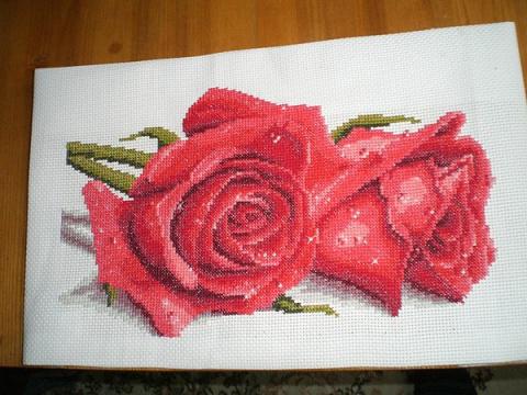 """Красивая вышивка крестом - """"Красные розы""""(со схемами)"""