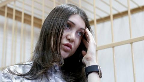 Прокуратура потребовала лишить водительских прав стритрейсершу Багдасарян