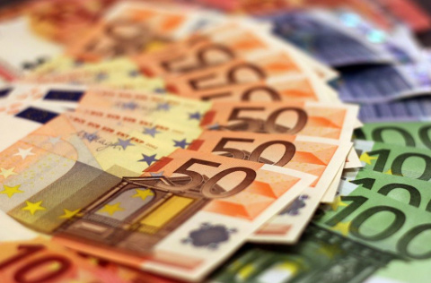 Курсы валют и цены на нефть на 2 августа