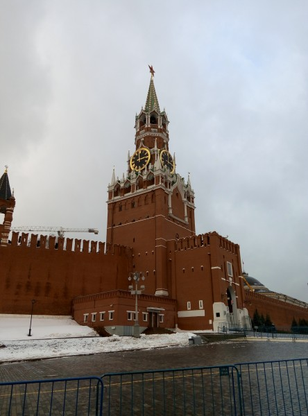 Где же в Москве выбоины?