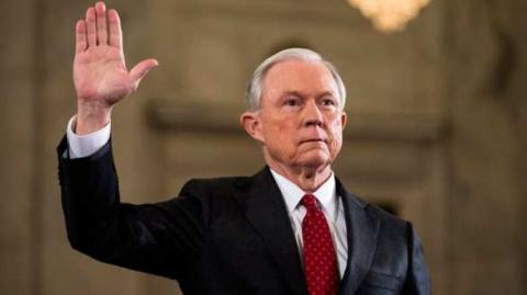 Генпрокурор США взял самоотвод