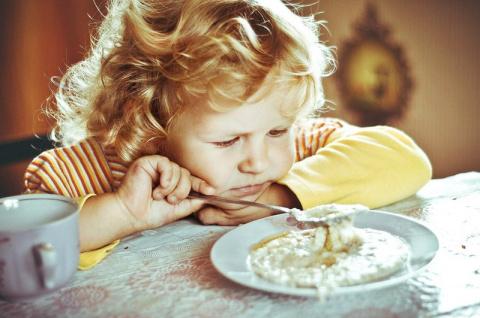 Почему нельзя заставлять детей есть