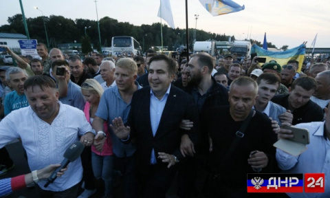 Саакашвили со своими соратниками направился во Львов