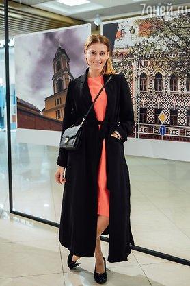 Ирина Пегова, Любовь Толкали…