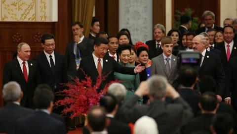 Лукашенко приехал на форум в Пекине с сыном Николаем