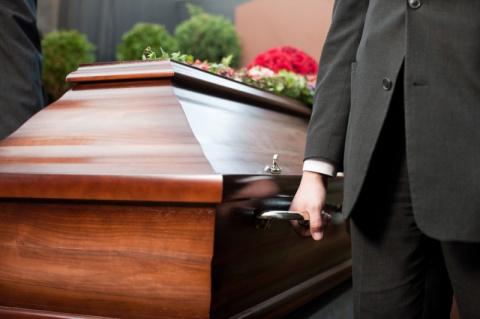 Пожилой китаец воскрес на собственных похоронах