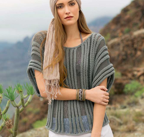 Пуловер спицами простым узором