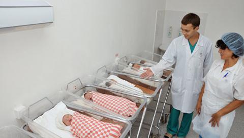 В Госдуму внесут законопроект о запрете суррогатного материнства