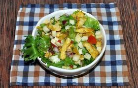 Салат с курицей карри, сладким перцем и сыром – рецепт с фото