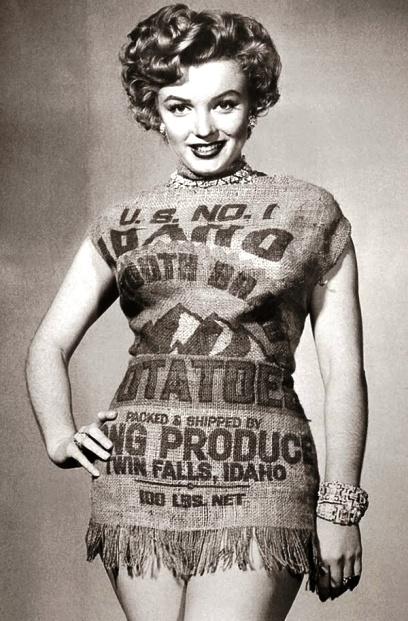 Красоту ничем не испортишь — Мэрлин Монро в мешке из-под картошки