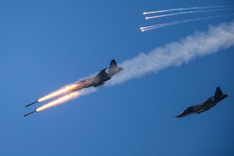 Атака ВКС РФ в Идлибе: боеви…