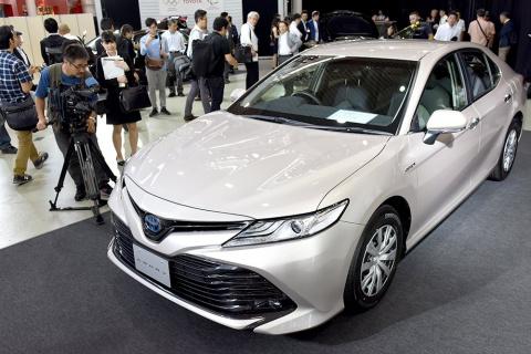 Новая Toyota Camry: когда жд…