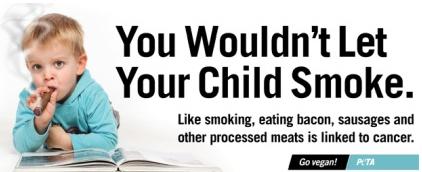 Зоозащитникам досталось за сравнение курения с беконом