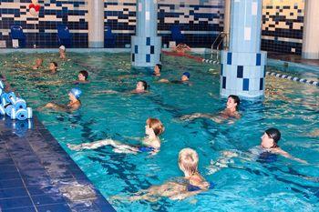 Упражнения в воде лучший способ для похудения