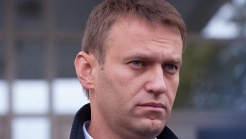Песков прокомментировал возможность участия Навального в выборах