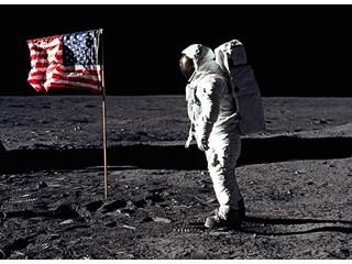 """Новое свидетельство как ЦК КПСС поддерживал """"американцев на Луне"""""""