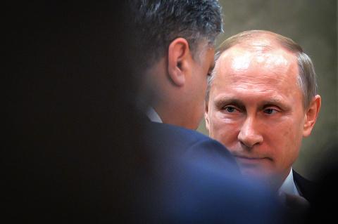 Ждали от Трампа, а получили в другом месте: оглушительное известие бросило Киев в жар