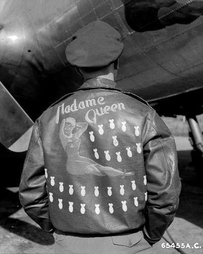 Рисунки на куртках американс…