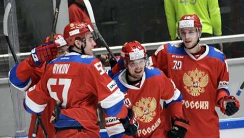 Российские хоккеисты одержали победу над шведами в матче Еврохоккейтура