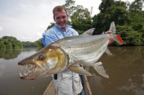 Ловля рыбы с Нестандартной УЛЫБКОЙ!!!