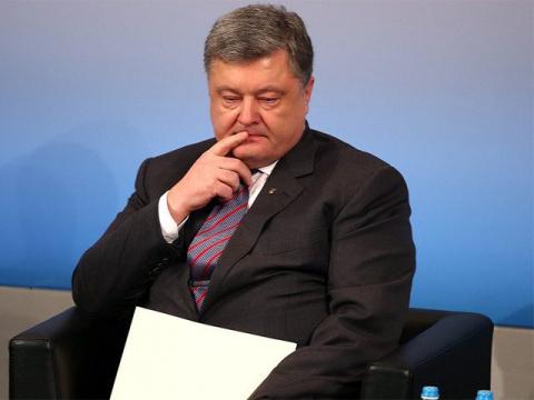 Порошенко рассказал о желании Путина «разукрасить Украину в русские цвета»