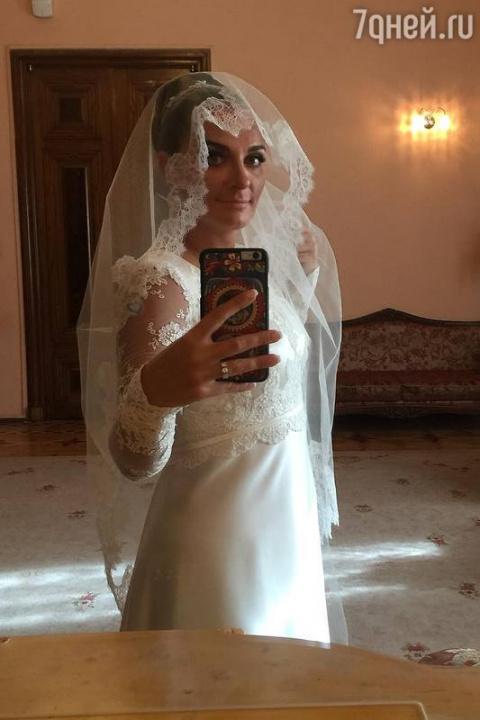 Елена Ваенга вышла замуж в С…