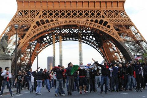 Парижский майдан для Ле Пен