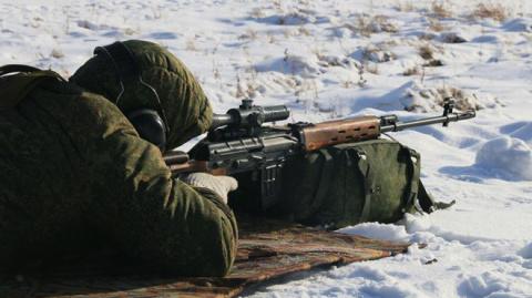Операция «ликвидация»: снайперы ДНР отстреливают нацистов «Свободы»