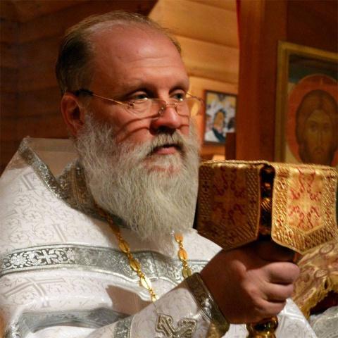Украинский священник объясни…