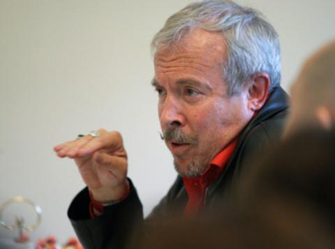 «Хрущевская оттепель»: Макаревич призвал «не переборщить с посадками»