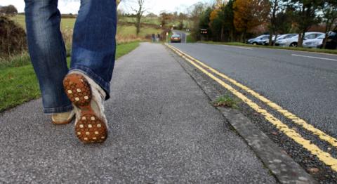 Ученый заявил об опасности 10 тысяч шагов в день