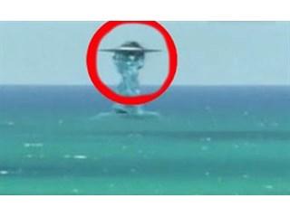НЛО уходит под воду: докумен…