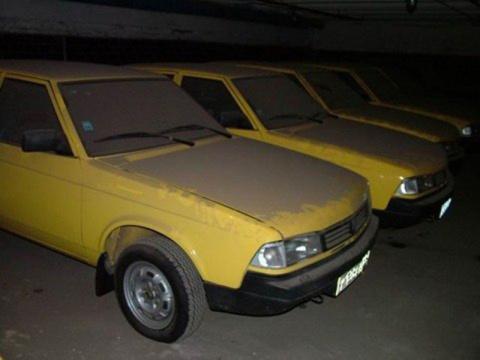 """Находка. 127 новых машин """"Москвич"""" в таксопарке"""