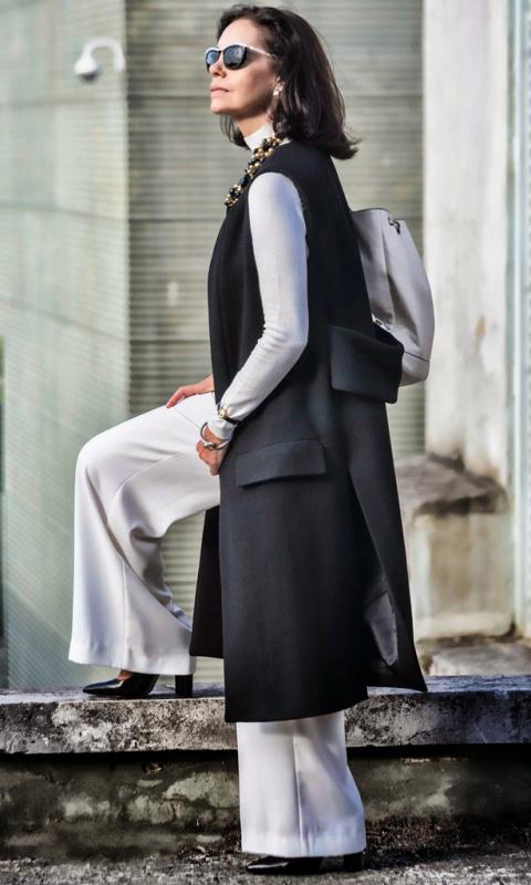 Как одеваться на работу женщине 50 лет?