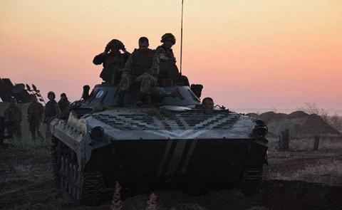 ВСУ перебросили танки и САУ …