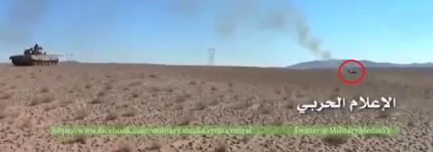 Сирийский танк эффектно смеш…