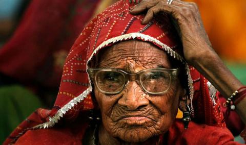 В Индии женщина, которую 40 …