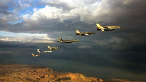 Израиль, атакуя Сирию, стрем…