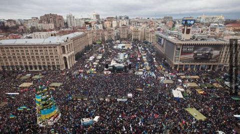 Корнейчук: украинцы оказались готовы уничтожать друг друга и страну