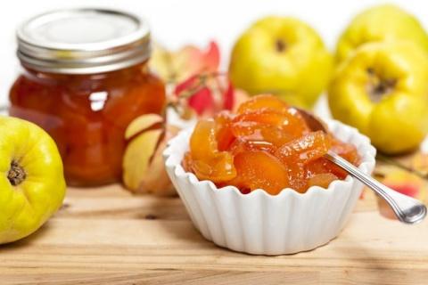 Греческое варенье из айвы, яблок и мандаринов