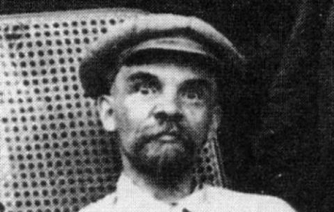 Историк-Лениновед: Если бы русские узнали правду о Ленине, на следующий же день не осталось бы ни одного памятника