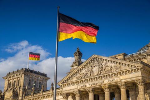 Берлин расколот: Ангела Мерк…